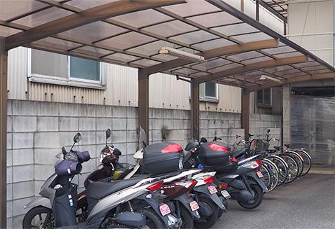 駐輪場(来客、社員、パート用)